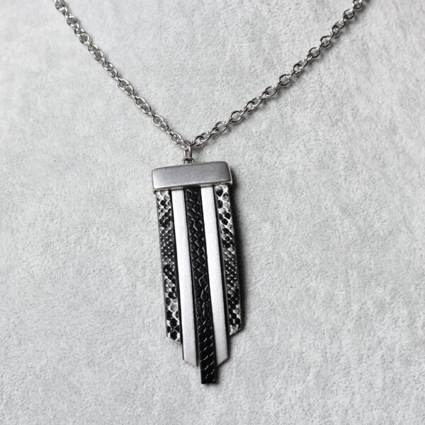Wisior Fun czarno-srebrny