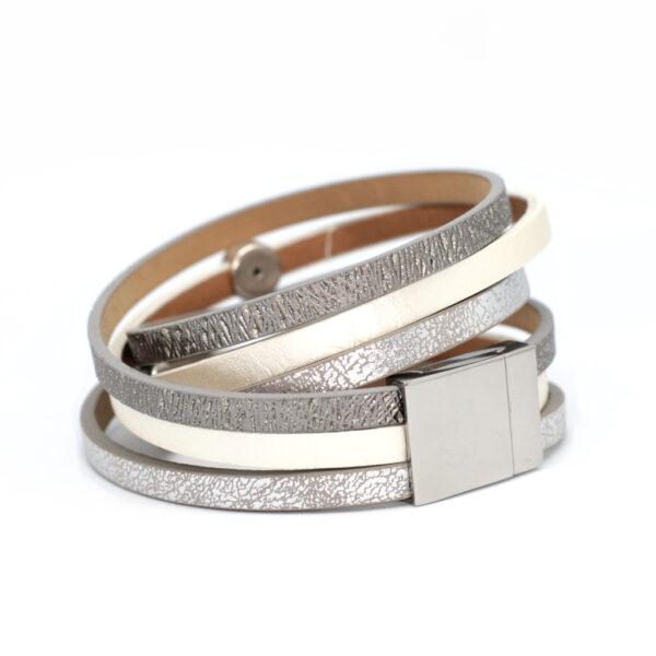 Bransoletka srebrno biala z elementami swarovskiego by Kociokwik