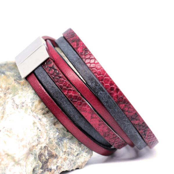 bransoletka-damska-bordowo-czarna-ze-stalowym-zapieciem