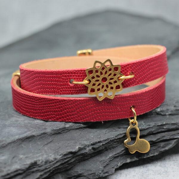Bransoletka skorzana czerwona z dodatkami w kolorze zlota