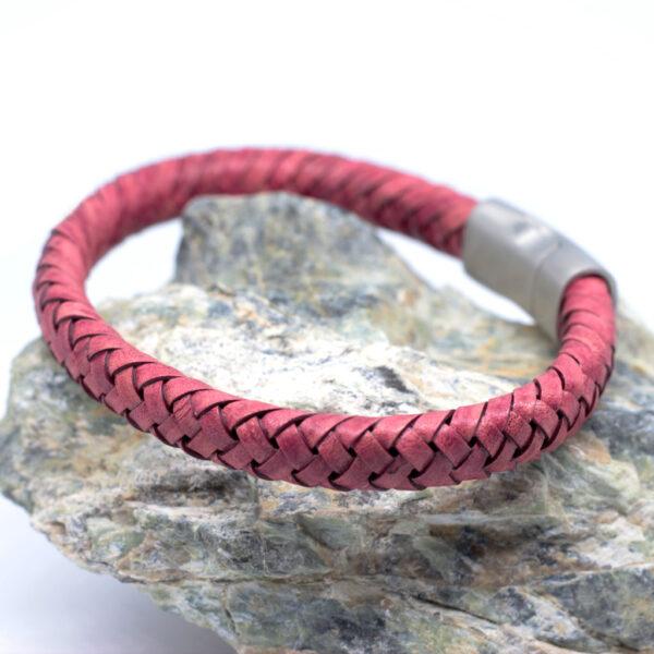 Bransoleta skórzana czerwona ze stalowym zapięciem magnetycznym